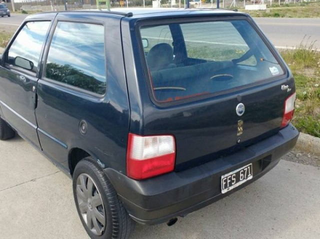 Fiat Uno 2005 años 170 km Santa Cruz Río Gallegos