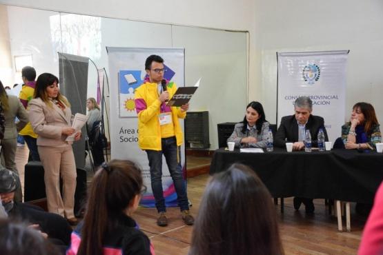 Los jóvenes parlamentarios hacen su aporte al encuentro provincial