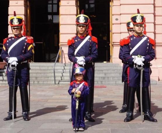 Hasta el presidente Macri se conmovió con el granaderito