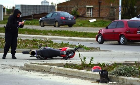 Dos heridos de gravedad tras accidente sobre la Avenida Asturias