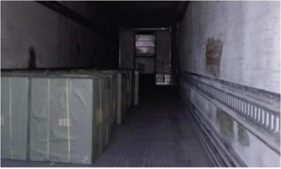 El camión solo llegó a Chile con el 10% de la mercadería.