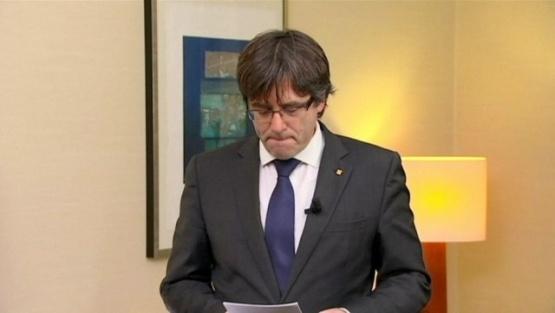 Ex presidente catalán se entregó a la policía belga