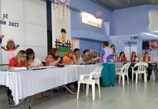 Más de 190 docentes titularizaron en Pico Truncado y Las Heras