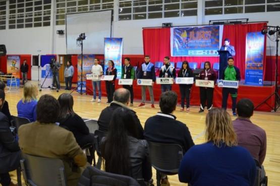 El deporte universitario desbordó Río Gallegos