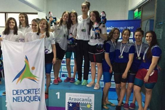 Natación y atletismo aportaron medallas