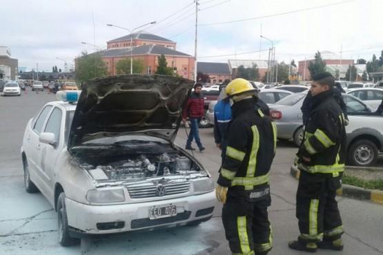 Principio de incendio en un patrullero