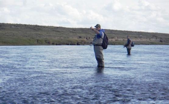 Las primeras líneas al río