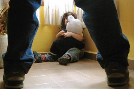 Le prohíben acercarse a una nena porque habría abusado de ella