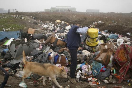 Avanza causa por supuestos desvíos en obras de tratamientos de residuos