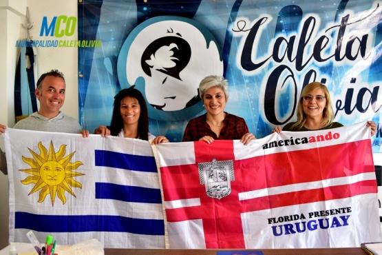 Municipio de Caleta Olivia recibió a mochileros uruguayos