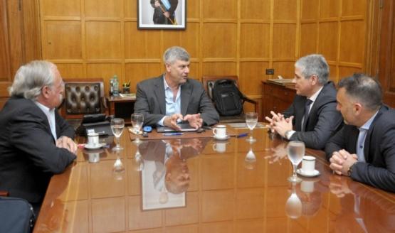 González y Buryaile firmaron acuerdo para intensificar sistemas ganaderos