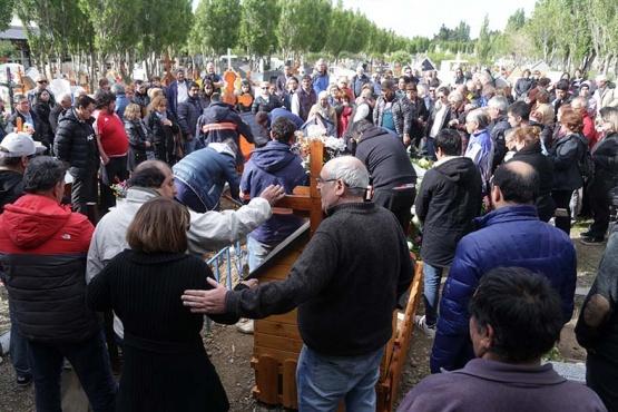 Cientos de vecinos despiden a Vicente Maillo