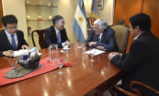 China interesada en el área minera e hidrocarburífera de Santa Cruz