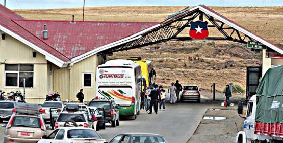 El chofer argentino fue detenido en Monte Aymond con 25 kilos de droga.
