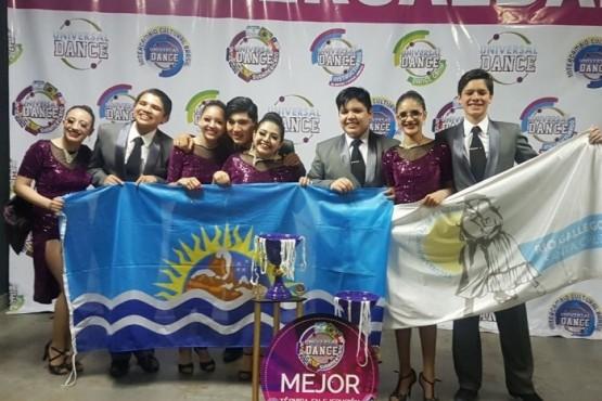 Exitosa participación de las delegaciones de la Escuela de Danzas
