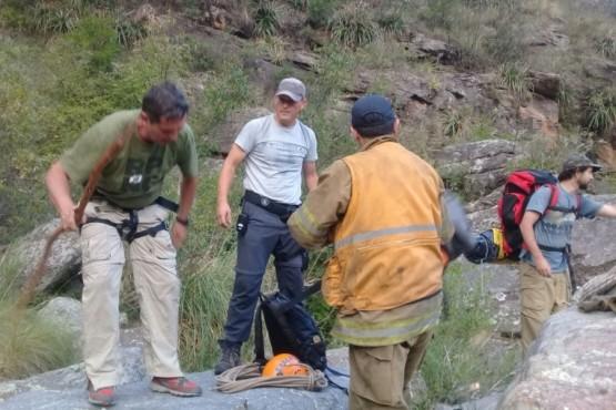 Santacruceño colabora en el rescate de un amigo en alta montaña