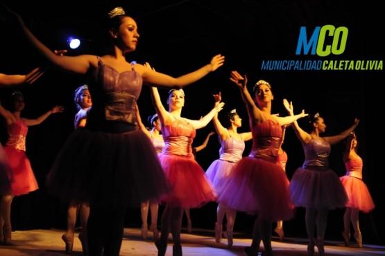 Noche de Ballet en el Complejo Municipal