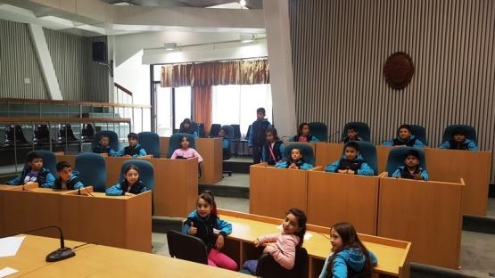 Alumnos se interiorizaron sobre la labora de la Legislatura