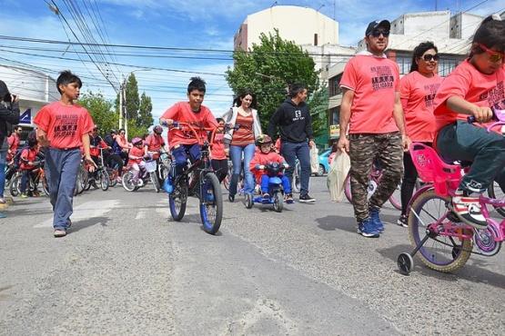 Bici-maratón solidaria a beneficio de la Cruz Roja Río Gallegos