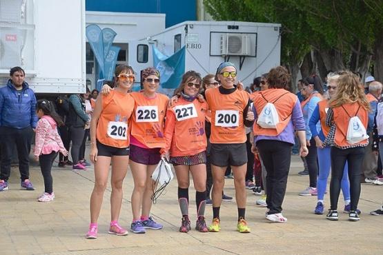 Maratón inclusiva por el Día internacional contra la violencia hacia la mujer