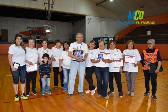 Adultos mayores representaron a Caleta Olivia en San Juan y Pucon