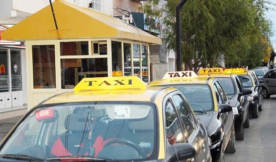 En taxis, la ficha cada 90 metros costará $2,30