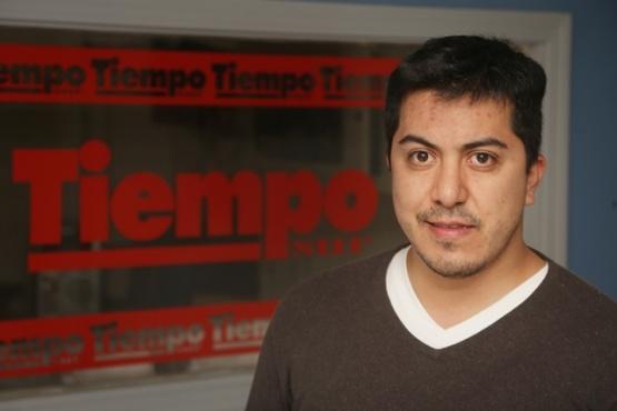 Rubén Vivar, vecino de esta capital pide más participación de los políticos. (C.G.).