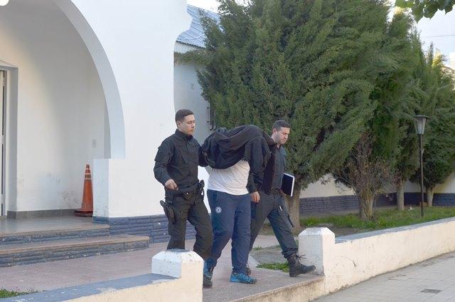José y Luis Maillo fueron trasladados desde las Seccionales Primera y Segunda, hacía el Anexo 5 de la Alcaidía, donde quedaron alojados. (Fotos: C.G. y M.G.)