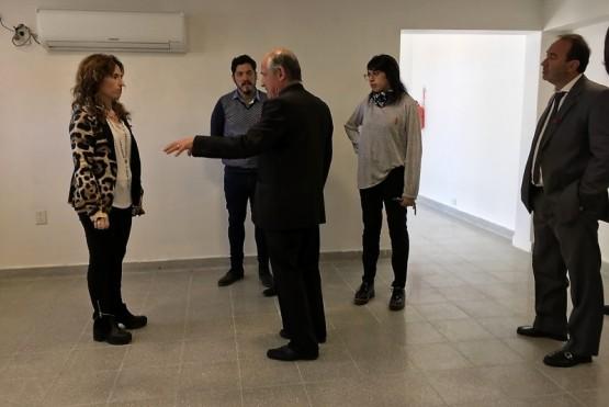La Ministra García recorrió obras en Hospital de Puerto Santa Cruz