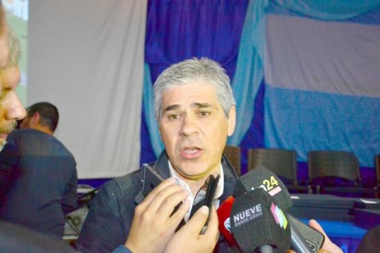 González se mostró preocupado por la situación de trabajadores de SINOPEC