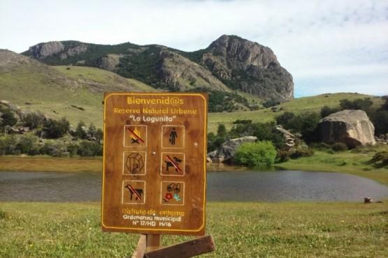 Se colocaron carteles informativos en Reservas Naturales Urbanas