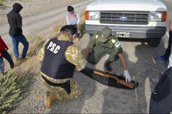 Secuestran armas en la ruta 43