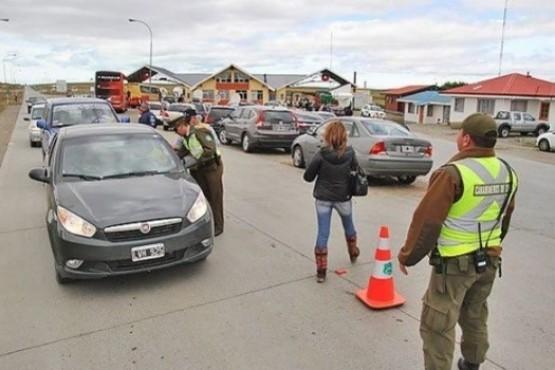 Chile exige a viajantes argentinos la contratación del