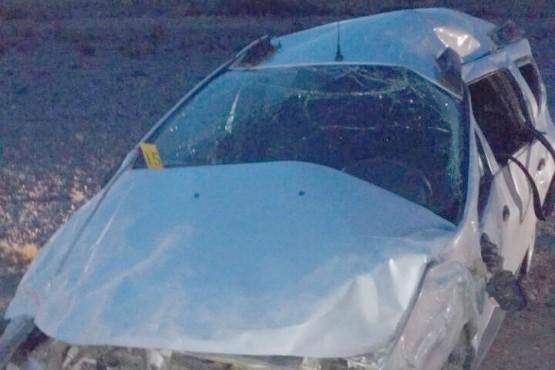Un hombre murió al salir despedido del auto