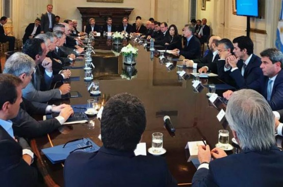Un gobernador indicó que el proyecto que firmaron con Macri