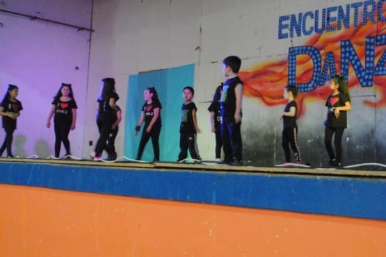 Cierre de año de la Escuela Municipal de Danzas Urbanas