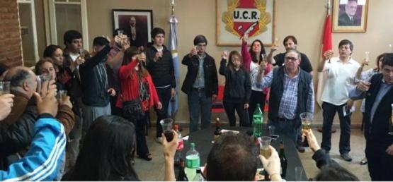 La UCR brindó por los logros políticos y la labor de jóvenes durante el 2017