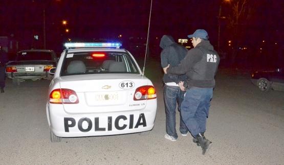 Persecución y detención en el barrio 213 Viviendas. (Foto: Archivo)