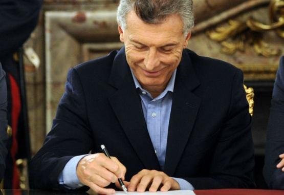 El Gobierno promulgó las leyes de Presupuesto, Consenso y Responsabilidad fiscal