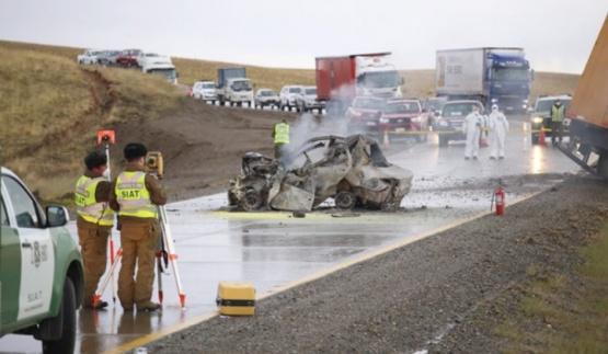 Prefectura de Magallanes y automovilistas dieron detalles del fatal accidente en ruta chilena
