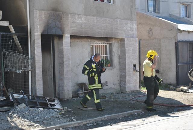 Bomberos trabajan en el lugar (Foto: J.C.C)