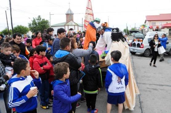 Celebración de Reyes en distintos barrios de la ciudad