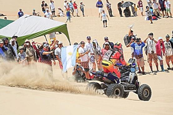 Las dunas le dieron mucho trabajo a Copetti y terminó cuarto el día