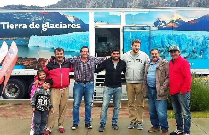 El Intendente Raúl Andrade visitó el camión