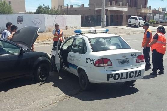 En accidente de tránsito secuestran móvil policial por falta de seguro
