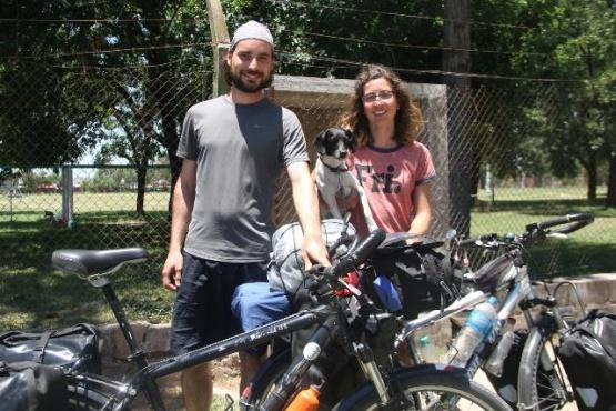 Son brasileros y recorrieron la Patagonia argentina en bicicleta