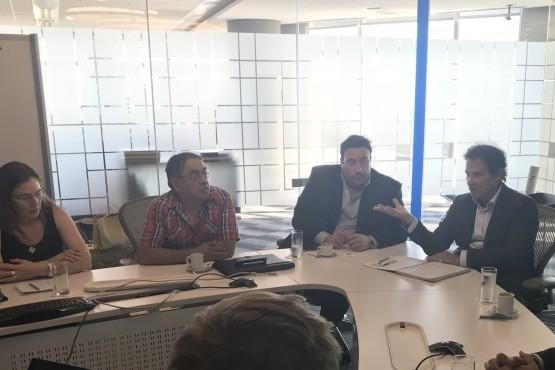 Cambiemos se reunió en Buenos Aires con YPF y el Gobierno Nacional