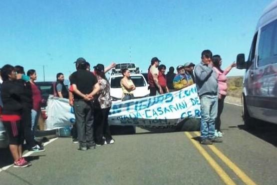 Antes de ayer, el corte en la ruta (Foto: La Vanguardia del Sur)