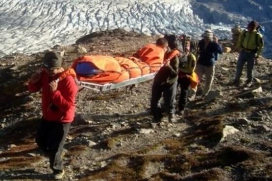 Rescataron a un joven accidentado en Paso Huemul