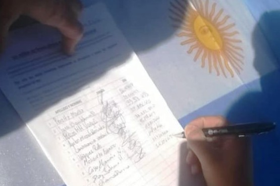 Llegó a Río Turbio la campaña de un millón de firmas